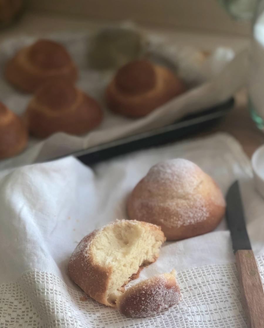 Sicilian sugar brioche